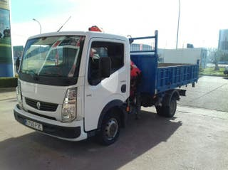Camión con pluma 3500 kg carnet b