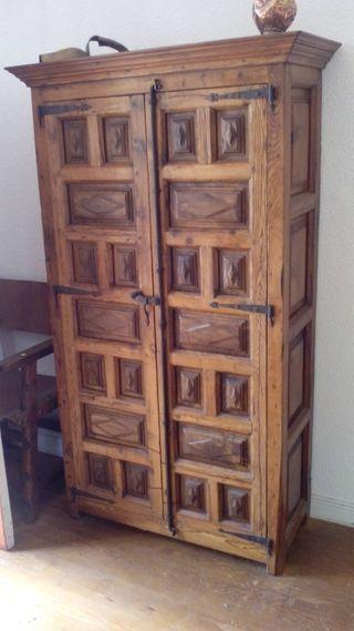 Armario Jardin Leroy Merlin ~ Armario rustico madera noble de segunda mano por 300 u20ac en Pamplona Iruña wallapop