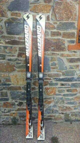 conjunto de esquí ski