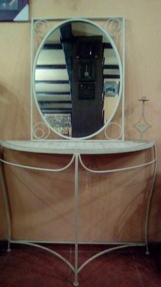 mueble de forja para recibidor