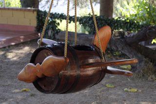 Columpios. Juguetes madera. Columpios originales.