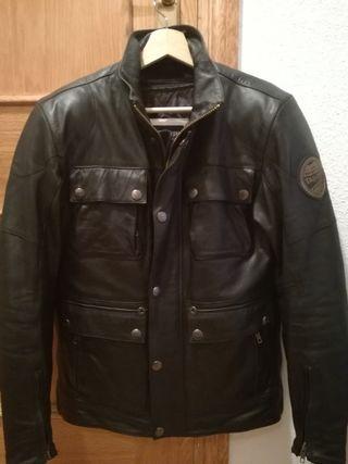 chaqueta cazadora tres cuartos moto Triumph piel