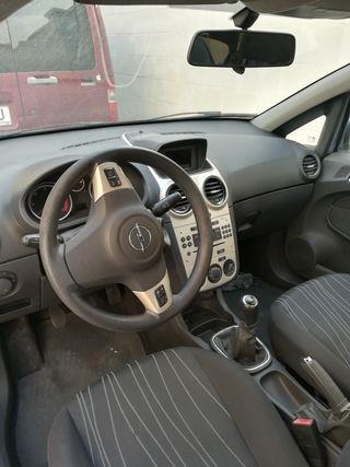 se vende Opel corsa por despieze