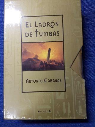 """Libro """"El ladrón de tumbas """", en embalaje original"""