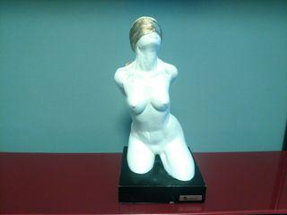 "Escultura ""La ceguera del deseo"""