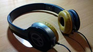 Cascos audio AXE