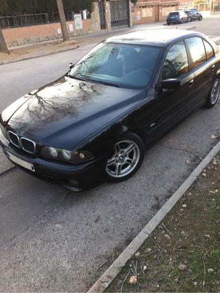 BMW serie 5 e39 2002