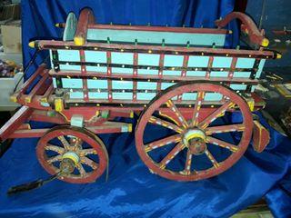 carro antiguo de madera de mulas o bueyes