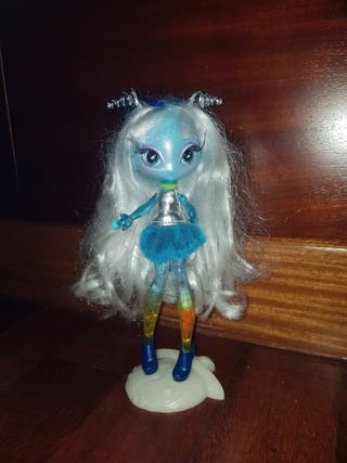 Muñeca Marciana