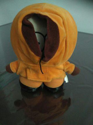 Muñeco peluche Kenny