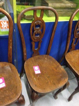 Sillas antiguas de segunda mano por 25 en barcelona for Sillas antiguas segunda mano