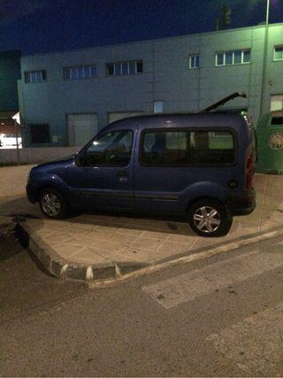 Furboneta Renault Kango