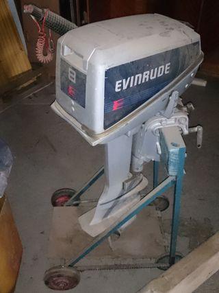 Motor fuera borda EVINRUDE 8cv + extras