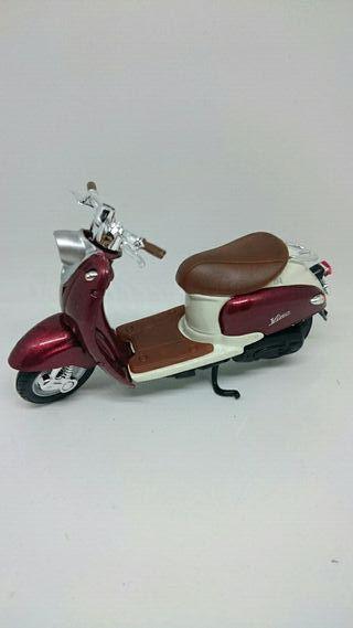 Miniatura moto Yamaha Vino YJ50R