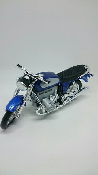 Miniatura moto BMW 75-5