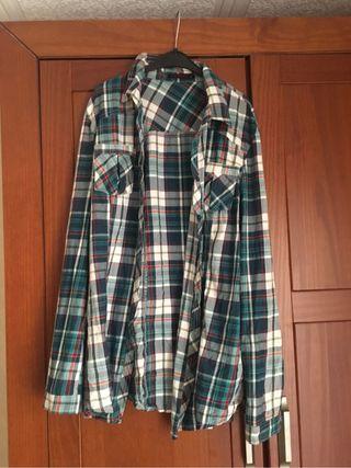 Camisa de cuadros de chica