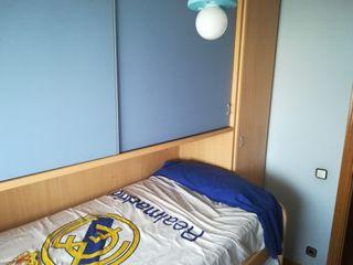 Mueble nido con dos camas y armario