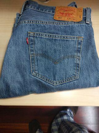 Pantalones Vaqueros levi's 501. Usados 1 sola vez