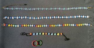 Collares, pulsera y anillos