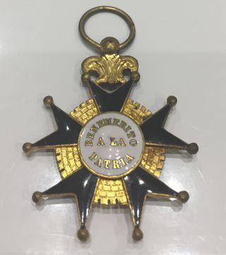 Medalla Benemérito a la patria ISABEL II