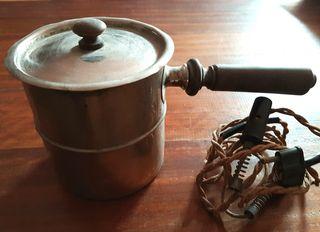 Hervidor agua eléctrico antiguo