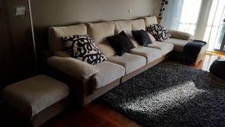 Sofá 4 plazas +cheslon canape y puff
