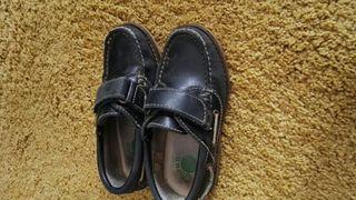 Zapatos colegio de segunda mano en Oviedo en WALLAPOP deabc110be21