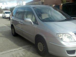 Lancia Phedra 2005