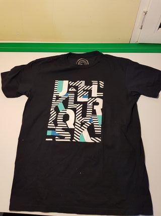 Camiseta exclusiva Quiksilver