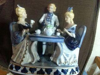 Porcelana figura