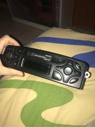 Radio casette mercedes audio10