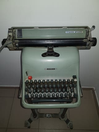 Máquina de escribir antigua