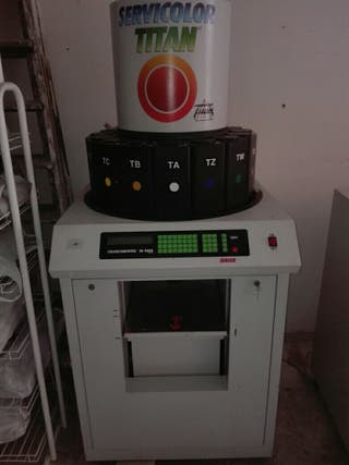 Maquina tintometrica Mod colorcomputer TD 9000