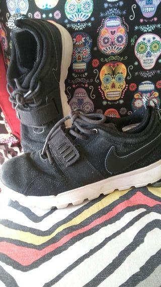 bambas Nike 35