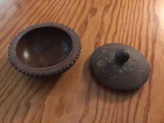 Cajita de madera tallada caja