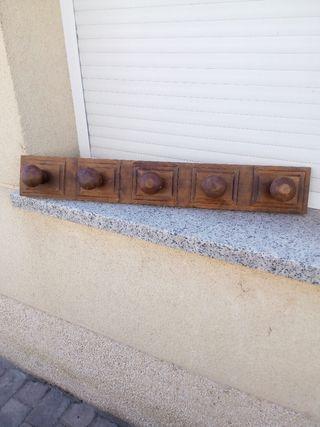 Percha pared en madera maciza