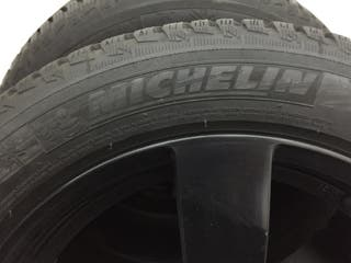 Neumáticos Michelin nuevos + llantas 225/50/17