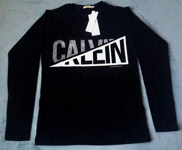 Camiseta Calvin Klein CK original de segunda mano por 30 € en ... f667e2f003
