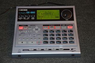 BOSS DR-880 Caja ritmos, Batería y bajo