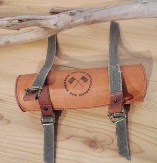 Porta herramientas de cuero para Cafe Racer