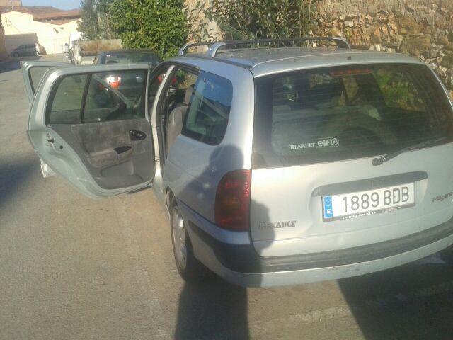 Renault Megane 12-12-2000