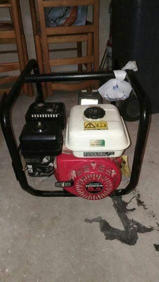 un generador eléctrico de muy buen uso