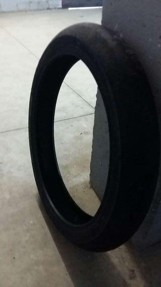 Neumático de moto, Slick Dunlop 95 70 r17