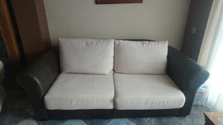 Sofá de polipiel con tela antimanchas