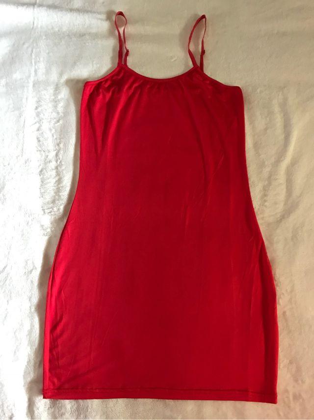 5a1cf932c0 Vestido rojo lycra de segunda mano por 4 € en Valdemoro en WALLAPOP
