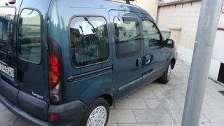 Se cambia Renault Kangoo 1998 por coche GASOLINA