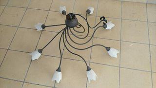 Lámpara de ocho bombillas