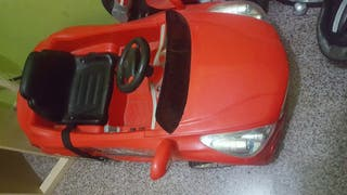 Mercedes-Benz juguete 2012