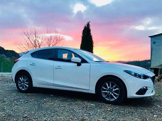 Mazda 3, coche blanco perla 6At