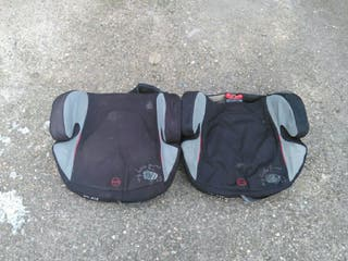 Alzadores para niños en asientos traseros.